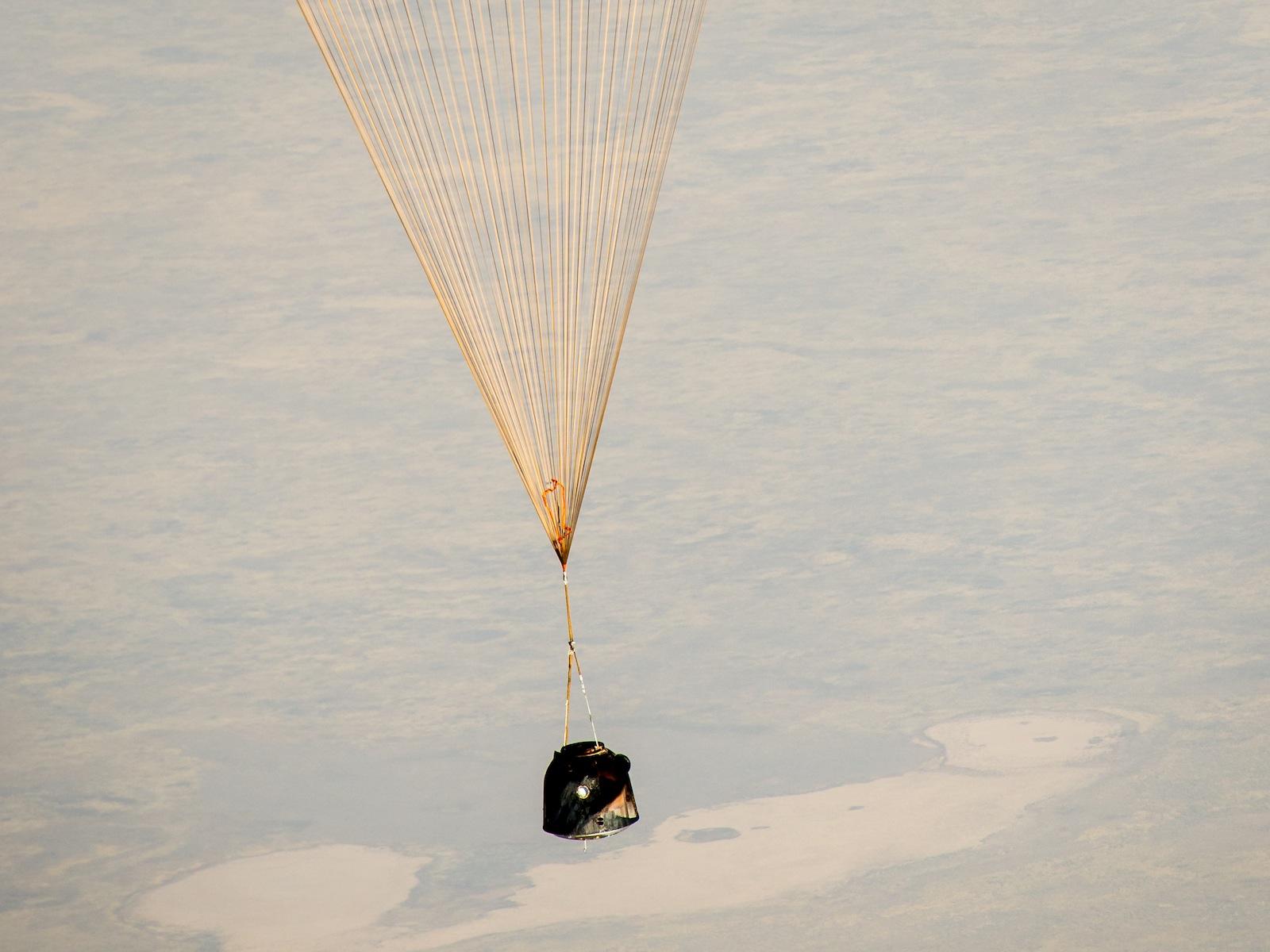 Expedition 36 Landing: Soyuz Descent