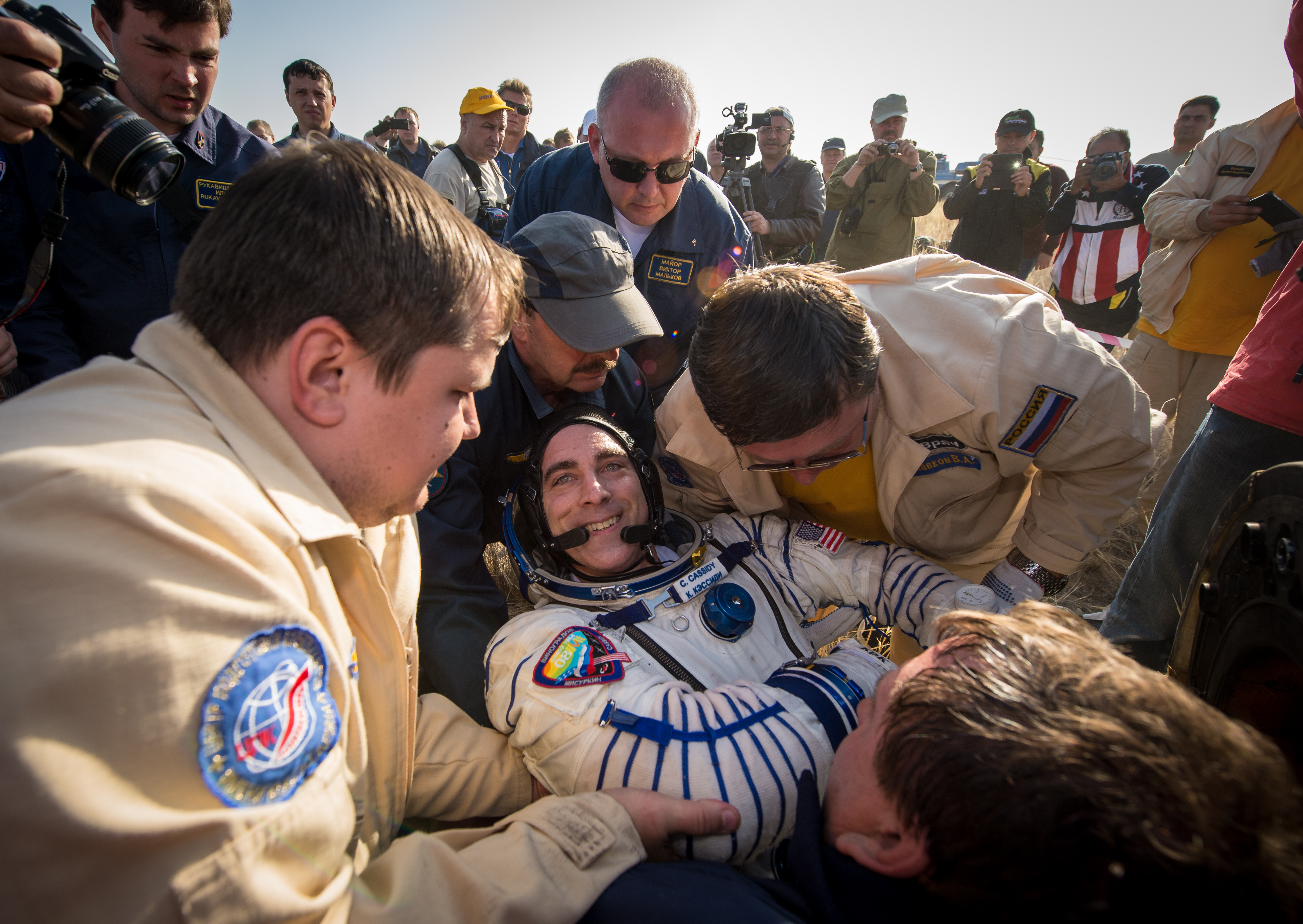 Chris Cassidy Exits Soyuz Capsule