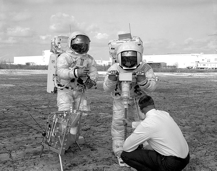 Space History Photo: Apollo 13 EVA Walk-Through