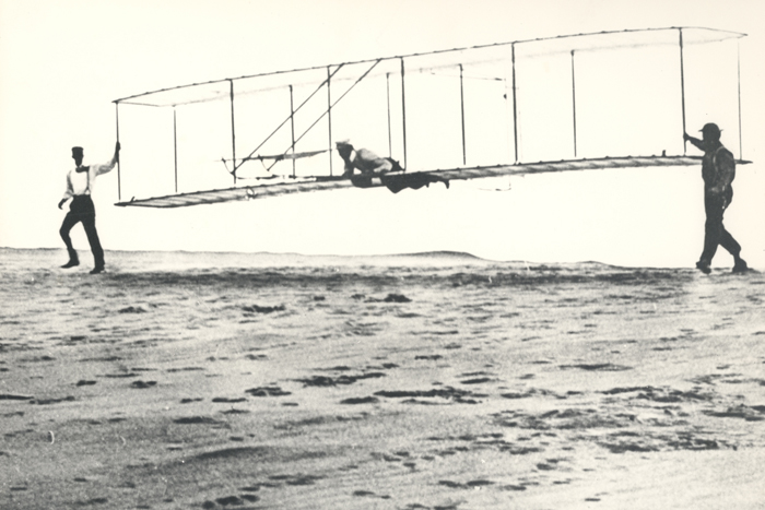Space History Photo: 1902 Wright Brothers' Glider Tests