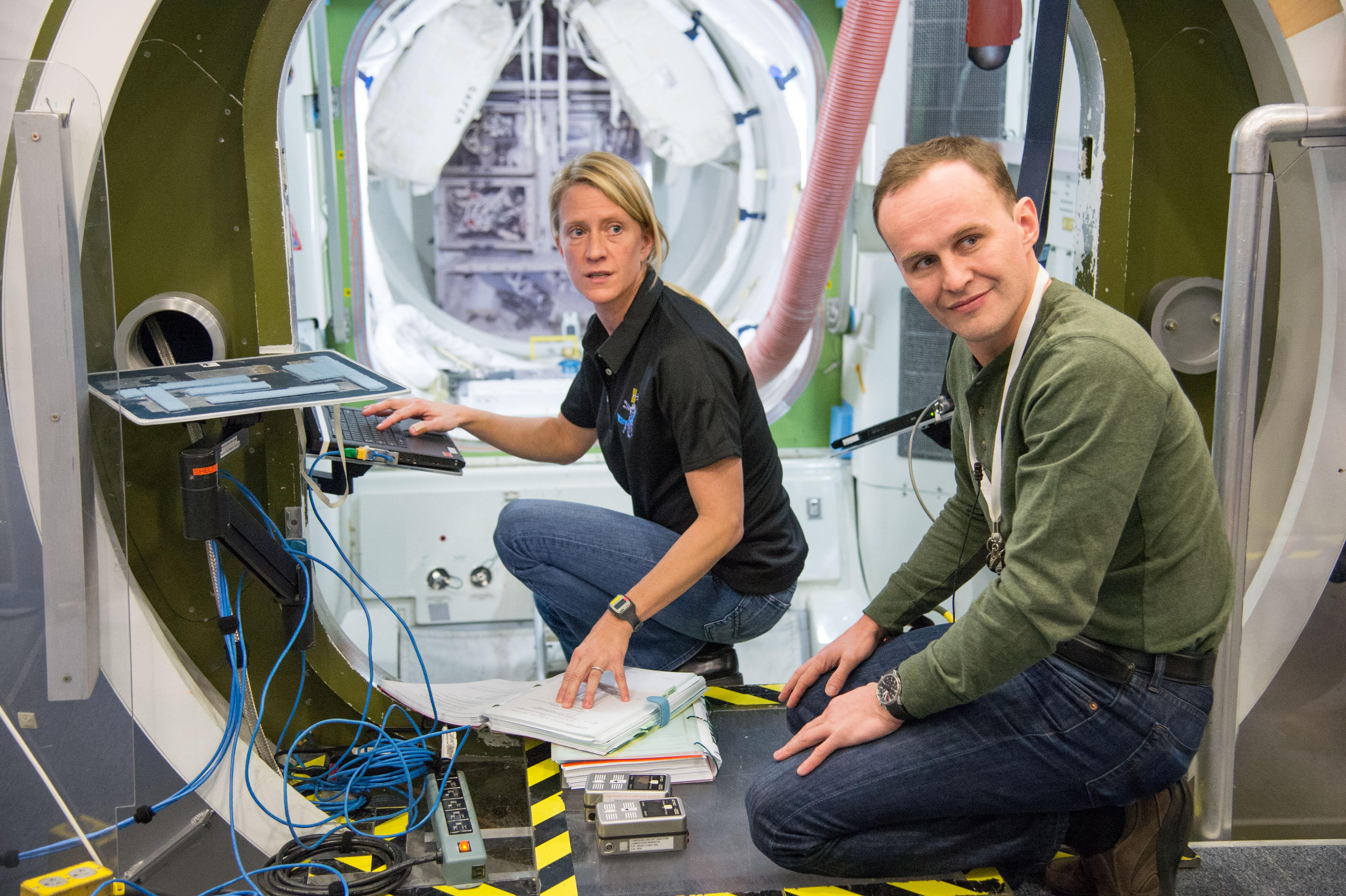 Nyberg and Ryzansky Take Part in Emergency Scenario Training