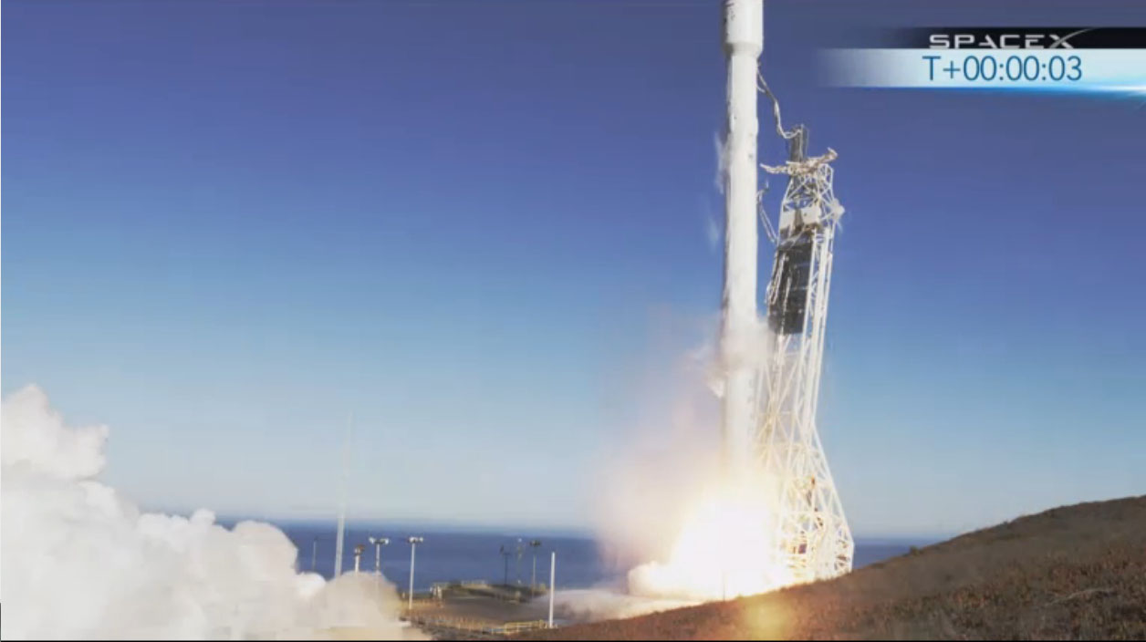SpaceX Launches Next-Generation Private Falcon 9 Rocket on Big Test Flight