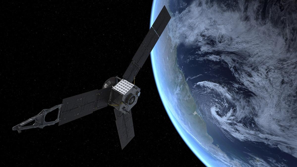 NASA's Jupiter-Bound Juno Spacecraft Buzzes Earth Today: Watch It Live