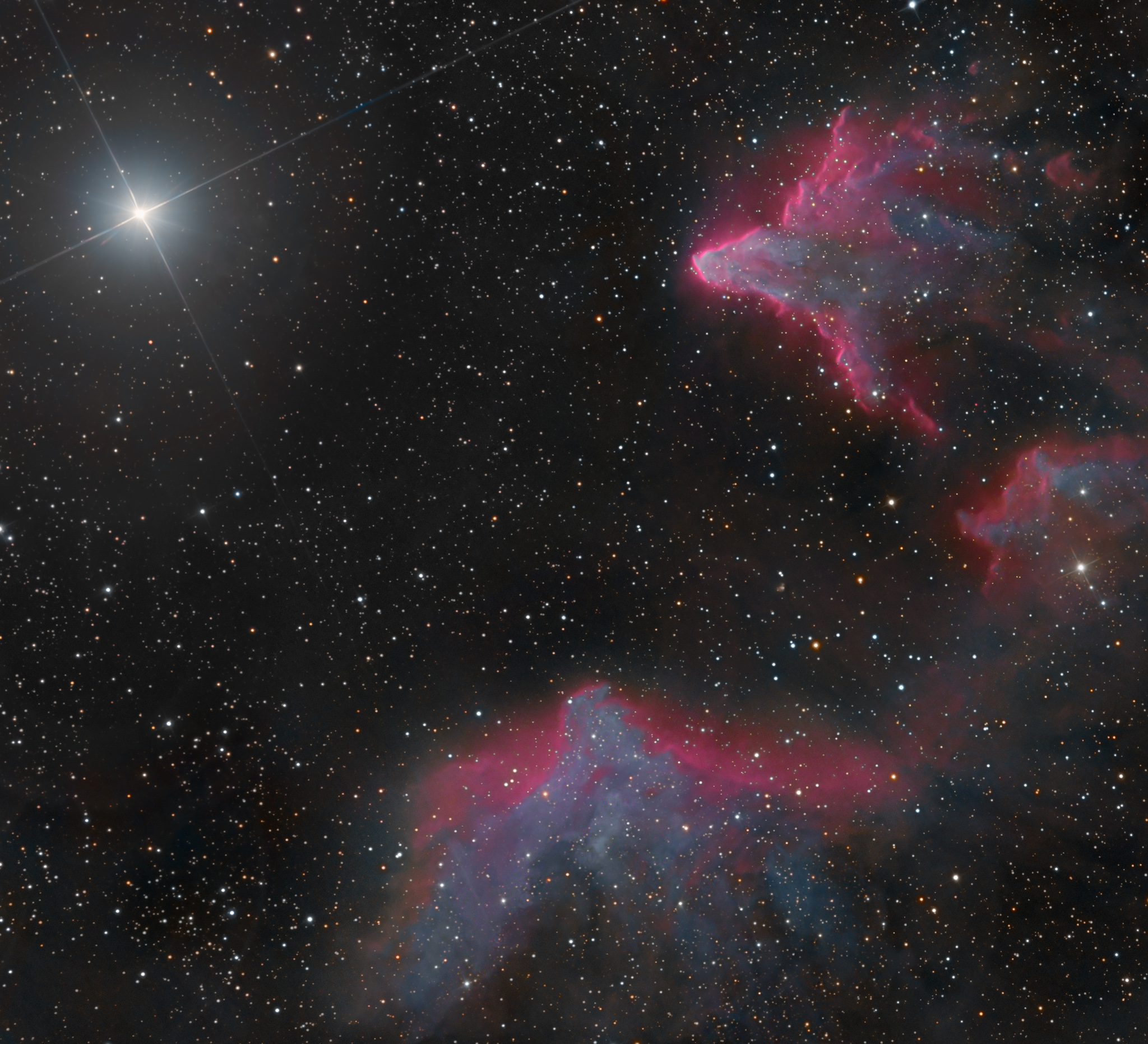 Stargazing Duo Captures Spectacular Nebulas Shining in Cassiopeia (Photo)
