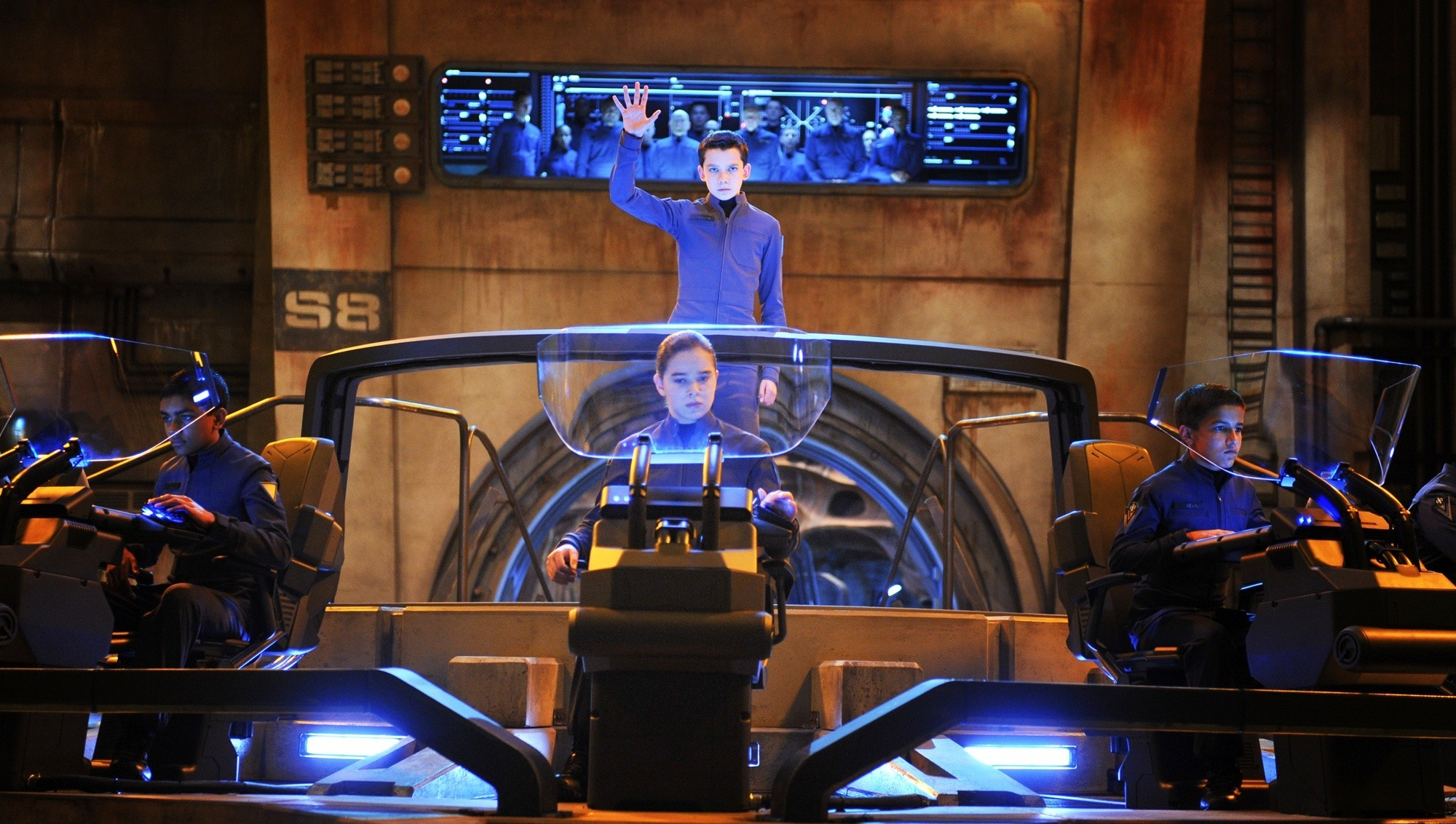 Asa Butterfield and Hailee Steinfeld Star in 'Ender's Game'