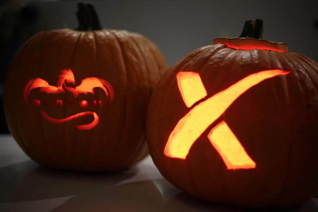 SpaceX Halloween Pumpkins 2013