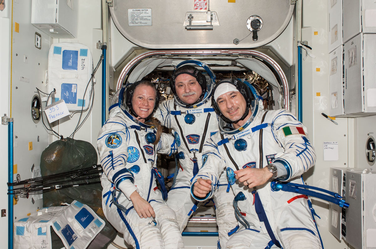 Expedition 37 Crew Portrait