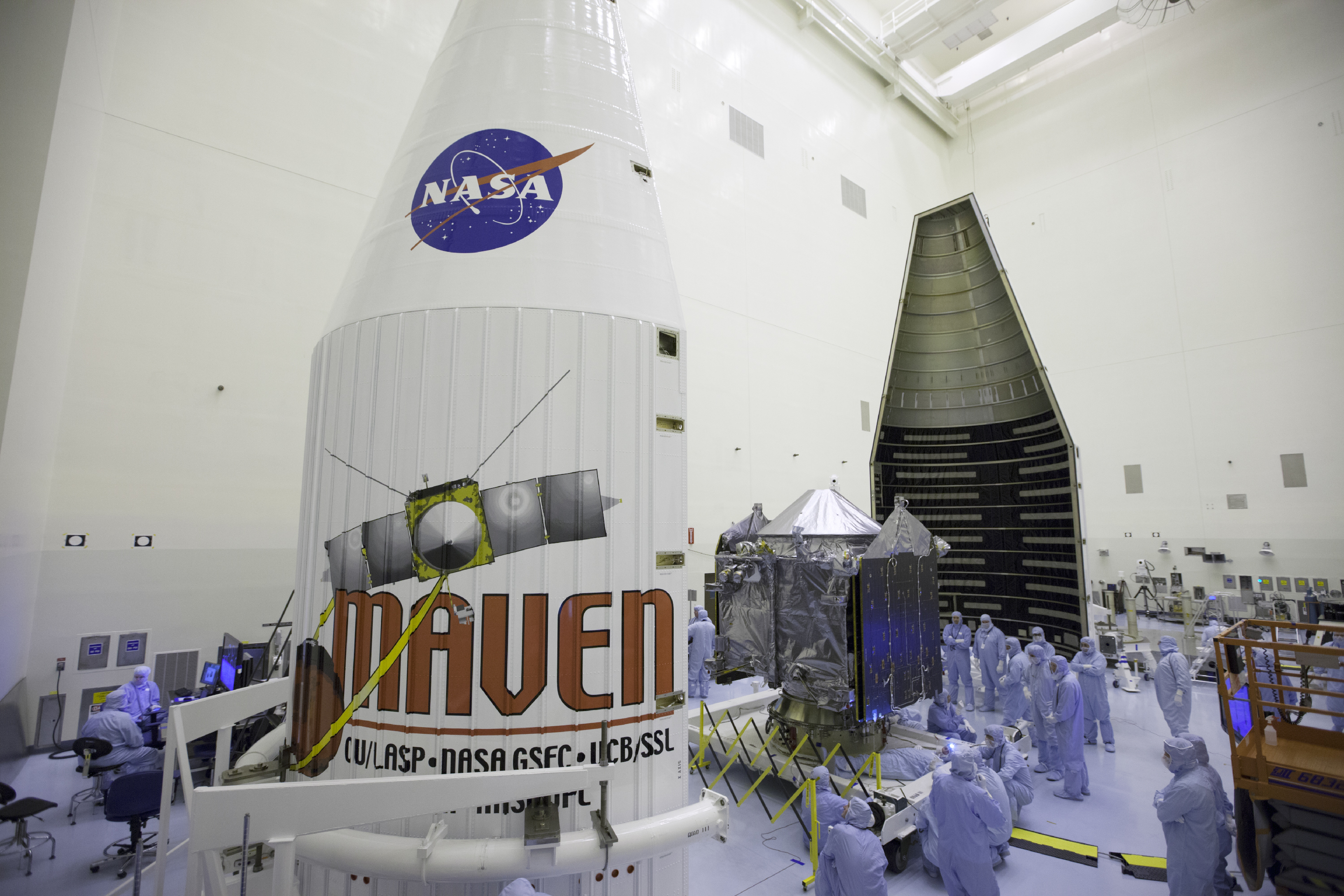 Prepping MAVEN at Payload Hazardous Servicing Facility