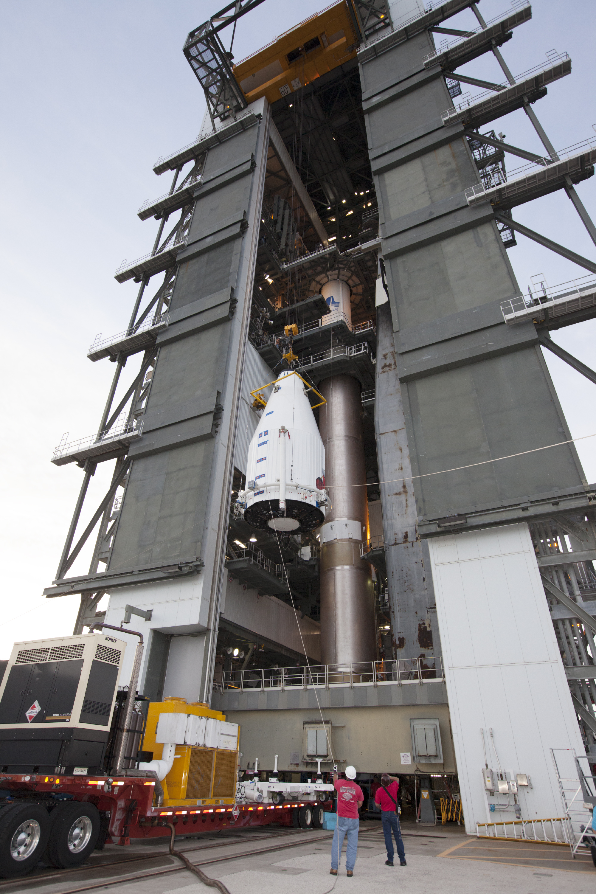 MAVEN Hoisted Atop Atlas V Rocket