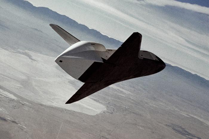 Space History Photo: Shuttle Enterprise Free Flight