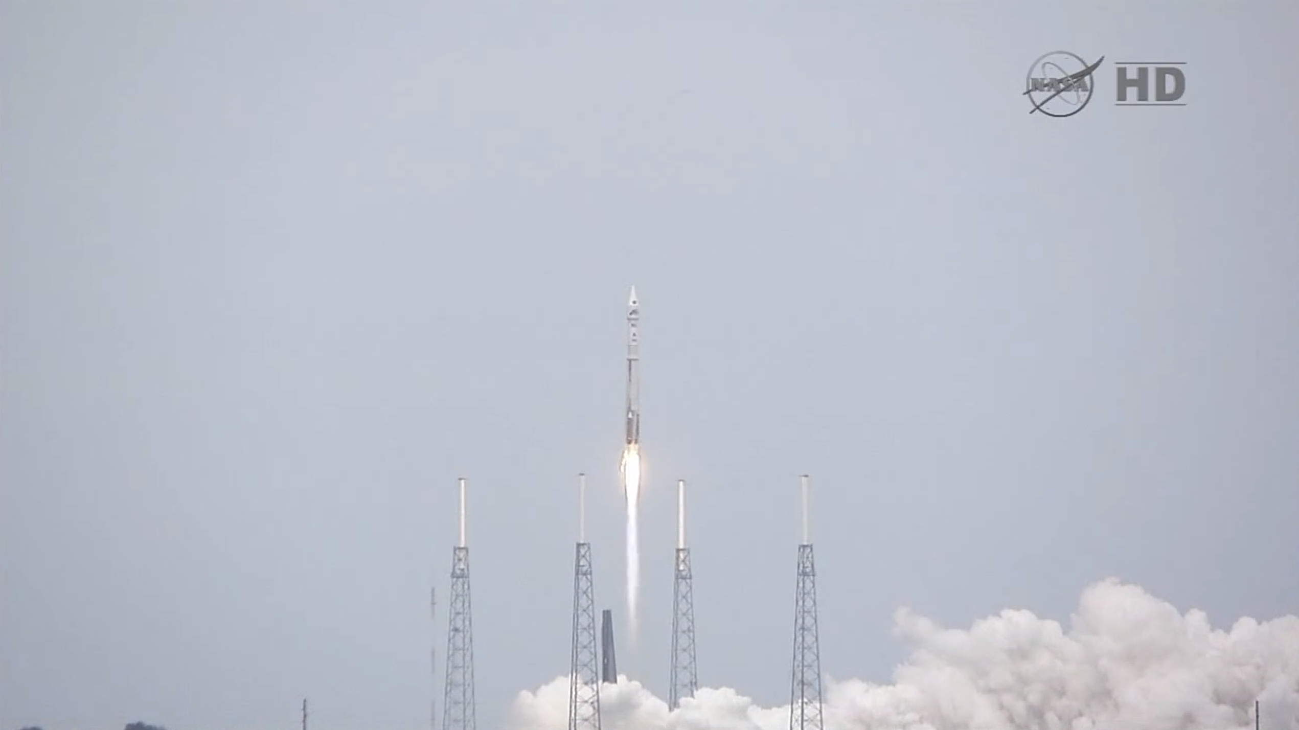 MAVEN Spacecraft Clears the Towers