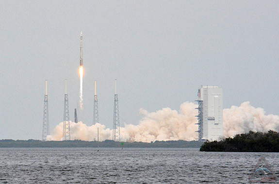 NASA's MAVEN spacecraft lifts off atop a United Launch Alliance Atlas V booster from Launch Complex 41 at the Cape Canaveral Air Force Station in Florida, Nov. 18, 2013.