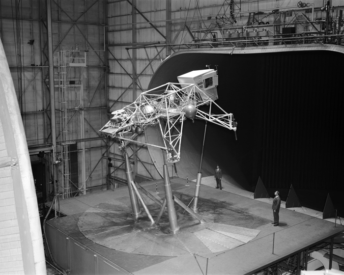 Space History Photo: Bell Lunar Landing Training Vehicle (LLTV)