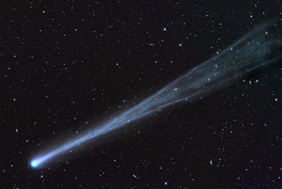German amateur astronomer Waldemar Skorupa captured this spectacular photo of Comet ISON from Kahler Asten, in Germany, on Nov. 16, 2013.