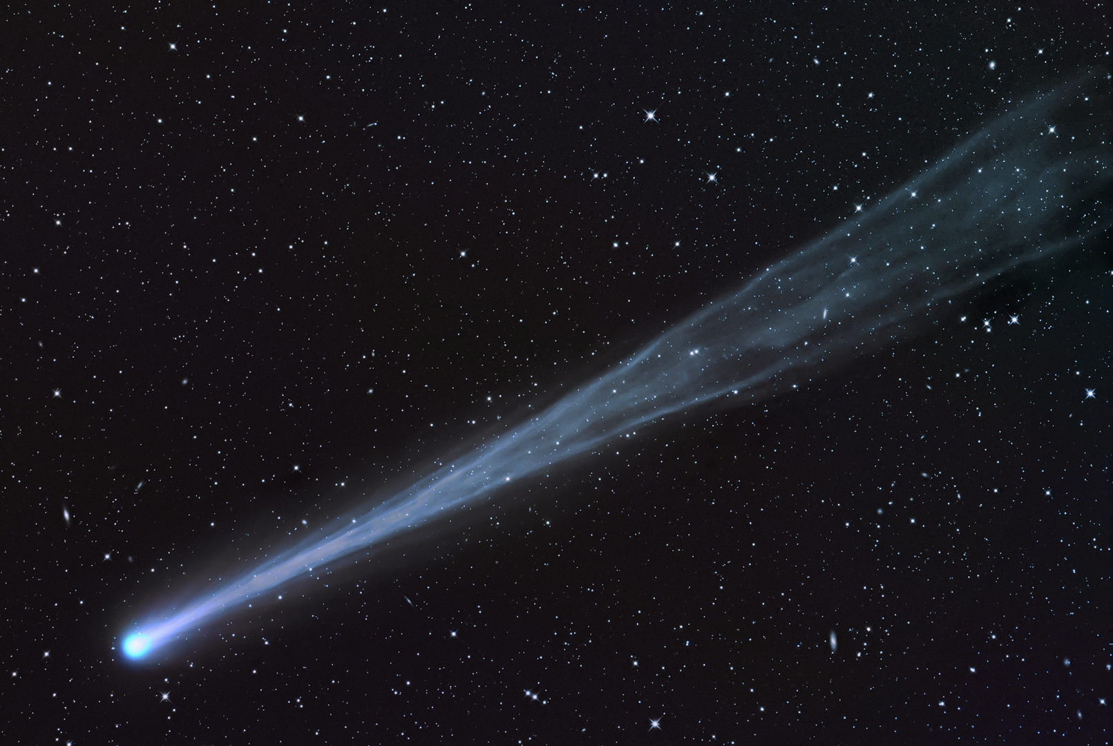 'Comets of the Centuries': 500 Years of the Greatest Comets Ever Seen