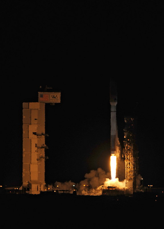 A United Launch Alliance Atlas 5 rocket carrying the classified NROL-39 satellite for the National Reconnaissance Office launches on Dec. 5, 2013. The rocket launched at 11:14:30 PST from Space Launch Complex-3 by Team Vandenberg at Vandenberg Air Force Base, California.