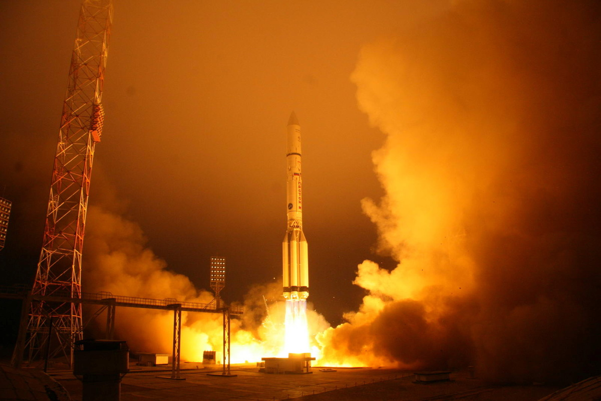 Russian Rocket Launches Satellite to Boost On-the-Go Broadband Service