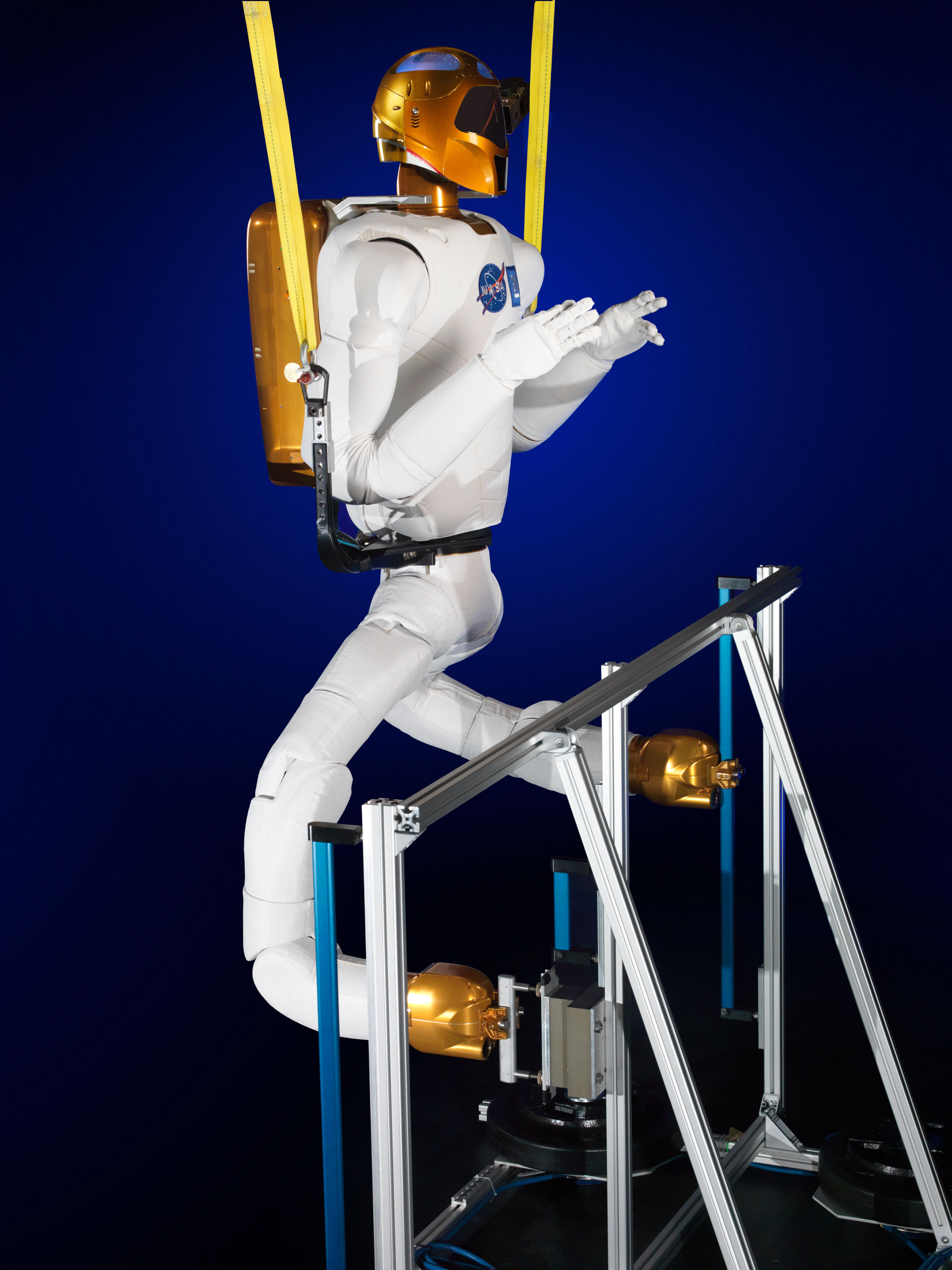 Robonaut 2: Mobility in Zero Gravity