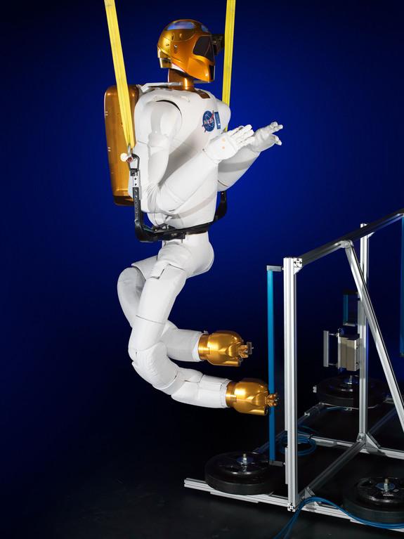 Robonaut 2, NASA's Humanoid Space Robot, Will Get Legs ...