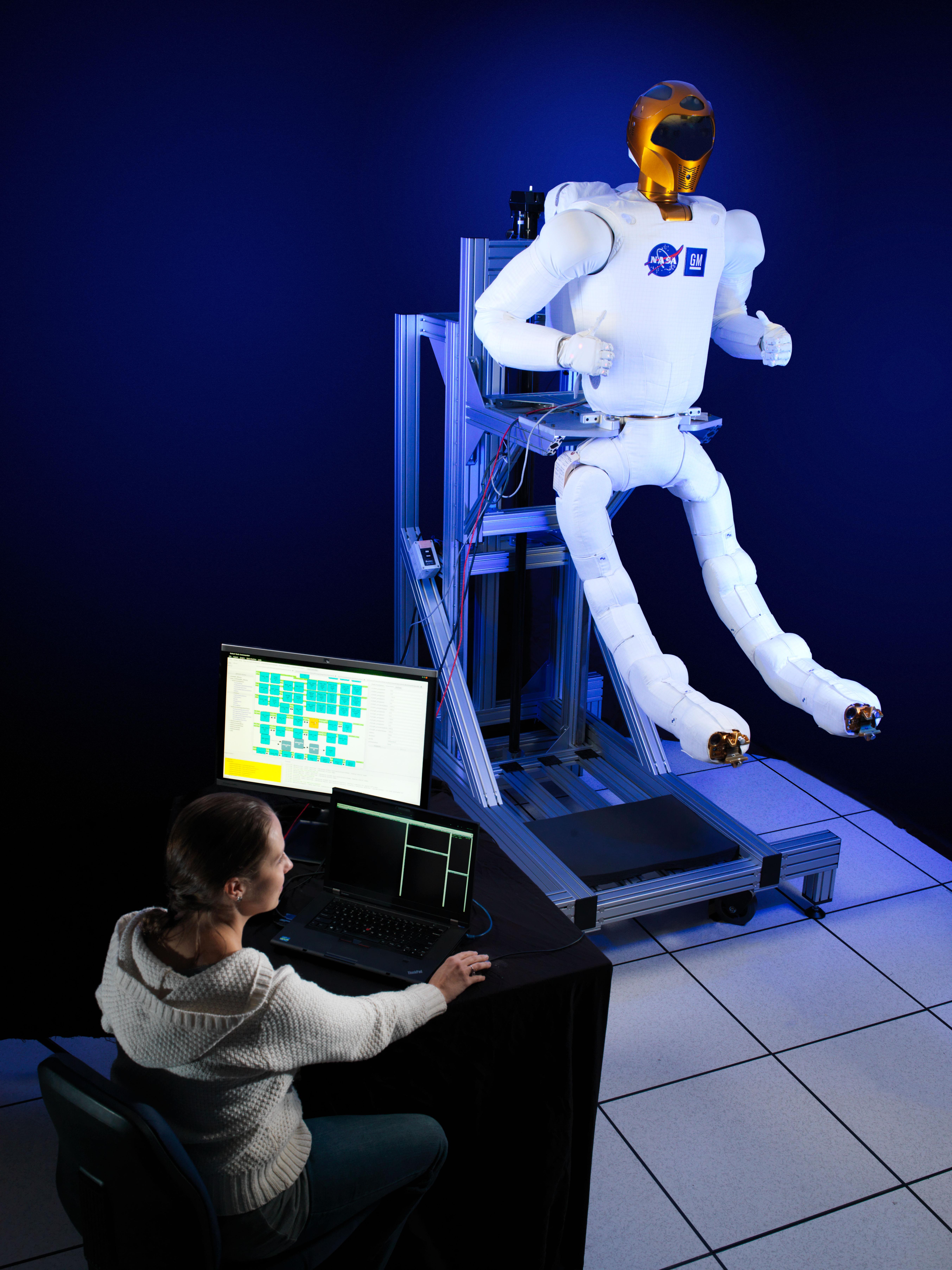 Robonaut 2: New Climbing Legs