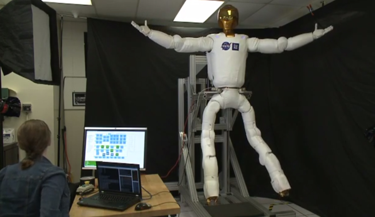Robonaut 2 Flexes New Legs