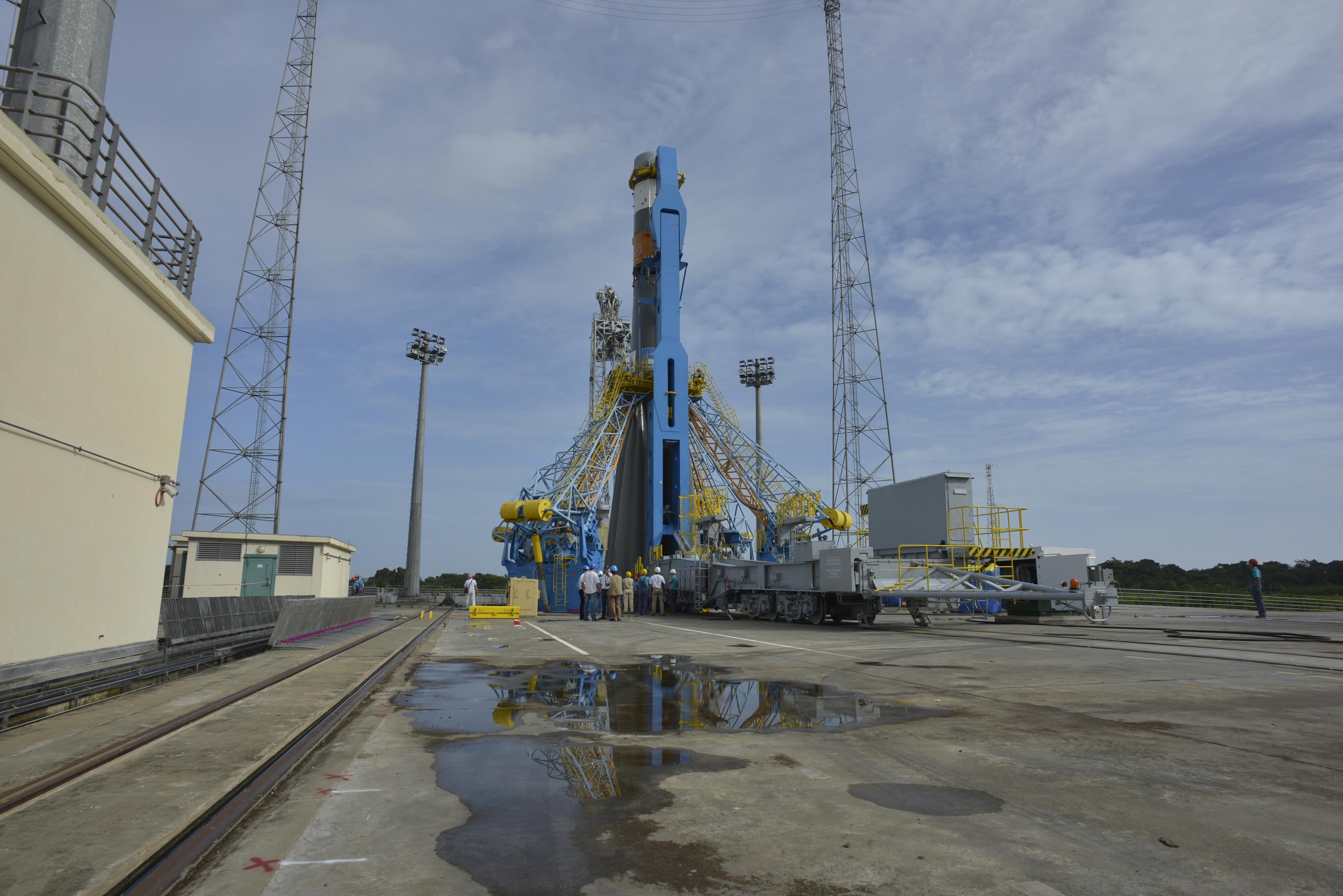 Soyuz Transferred to Launch Zone