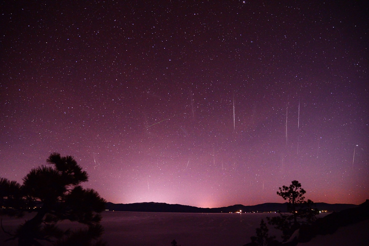 2013 Gemind Meteor Shower Over Lake Tahoe, NV