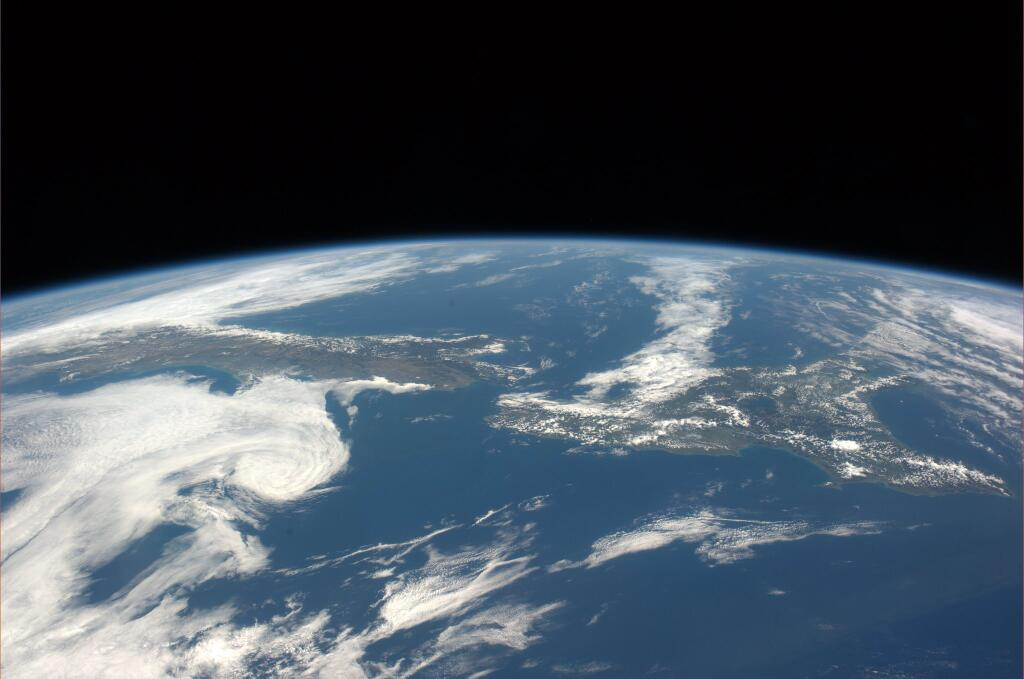 New Zealand Seen From the International Space Station