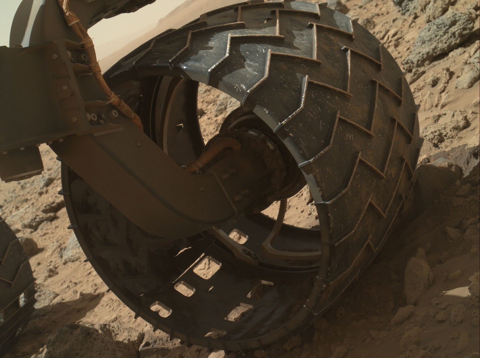 On Mars, NASA's Curiosity Rover Seeks Smoother Road to Reduce Wheel Damage