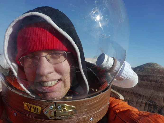 Space Reddit AMA: Mock Mars Mission's Elizabeth Howell Takes Your Questions
