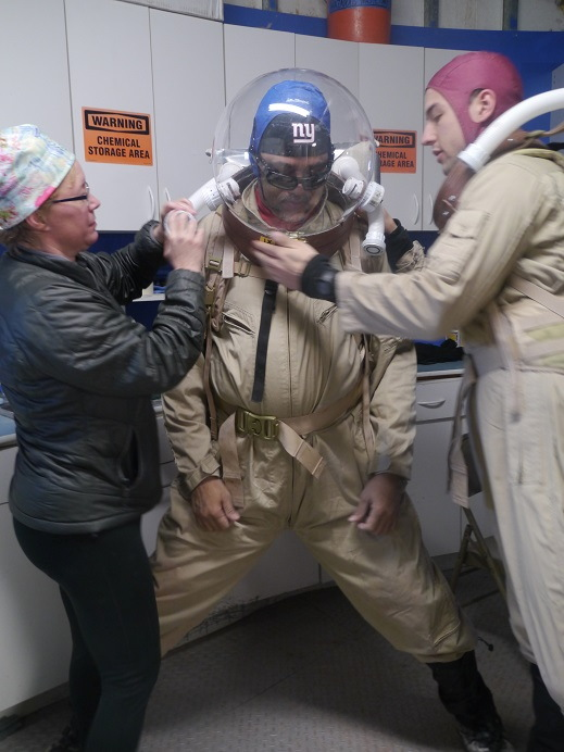 Gartrelle Prepares for Simulated Marswalk