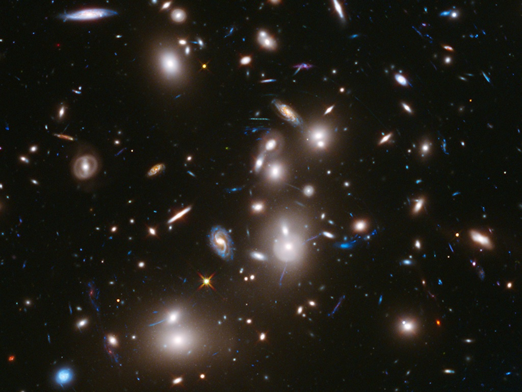 How Cosmic Lenses Reveal the Depths of Deep Space (Video)