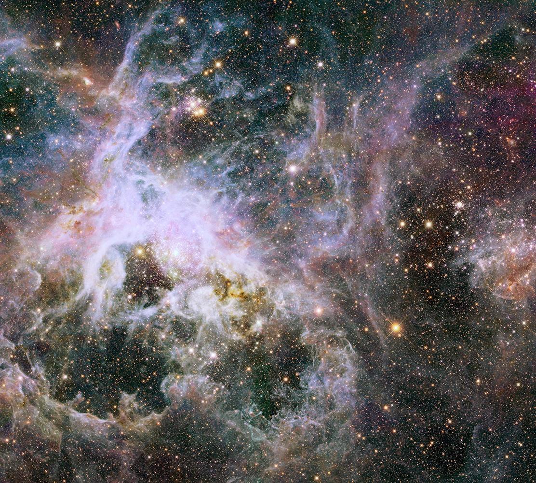 Hubble Telescope Captures Spectacular Views of Spidery Tarantula Nebula (Photos)