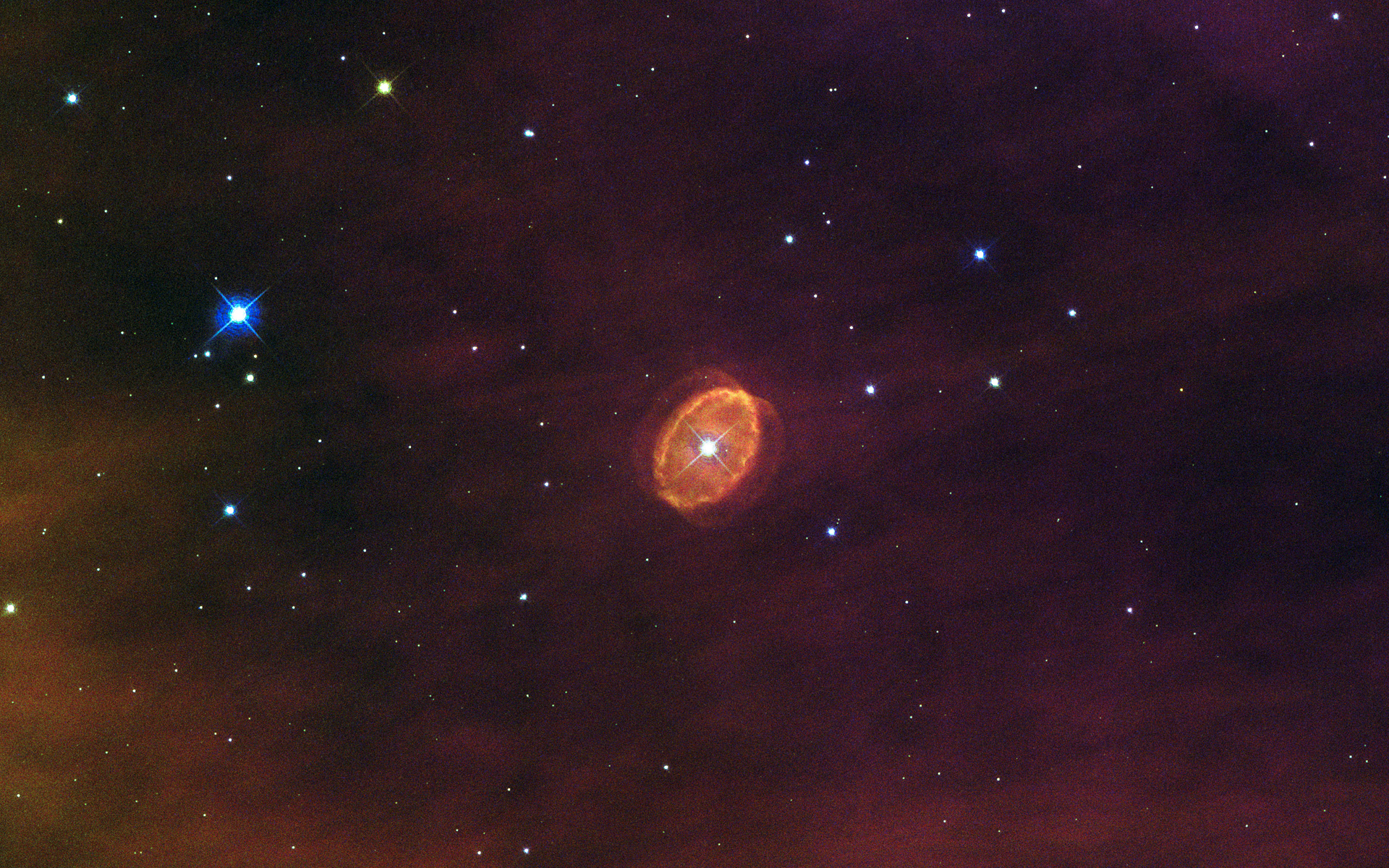Hubble Telescope Sees Star That May Explode Soon (Photo)