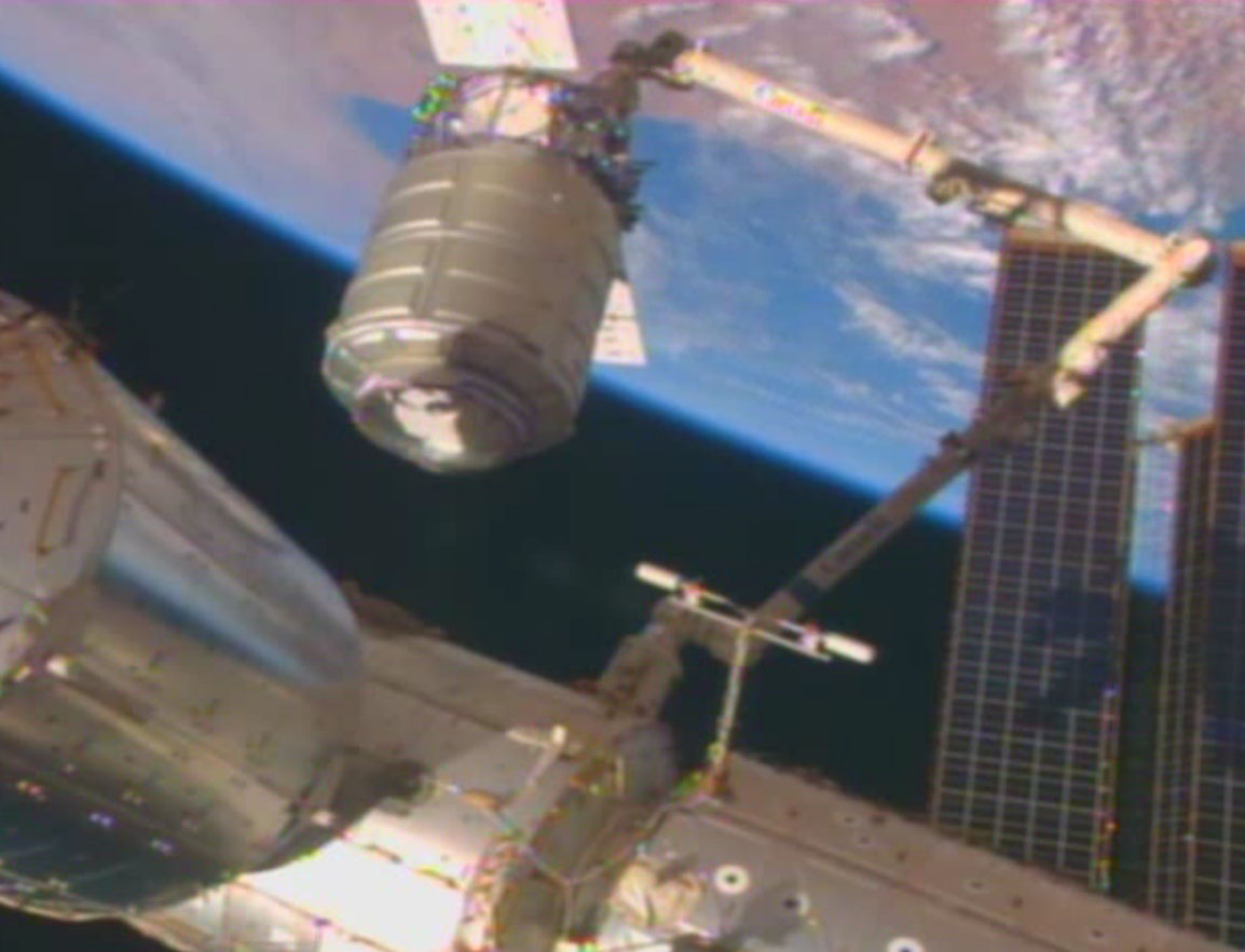 Cygnus Cargo Ship and the Earth: Jan. 12, 2014
