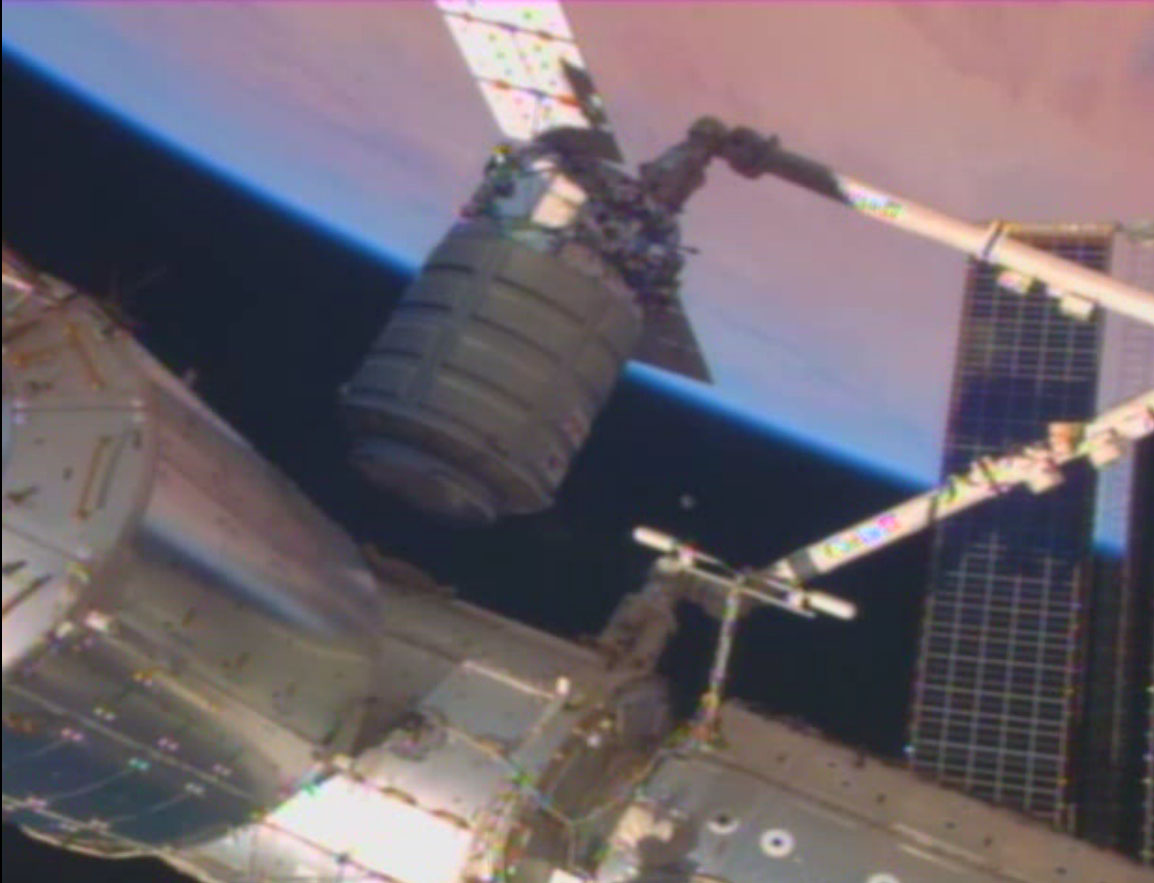 Cygnus Near Space Station, with Earth: Jan. 12, 2014