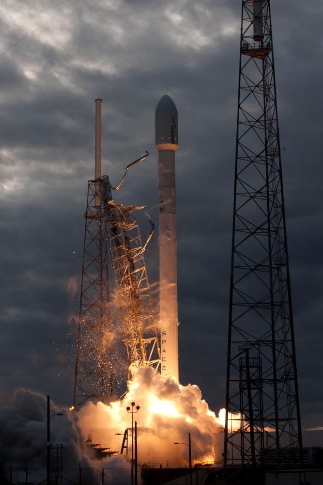 THAICOM 6 Falcon 9 GEO Transfer Mission Launch