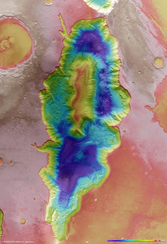 Hebes Chasma Topography