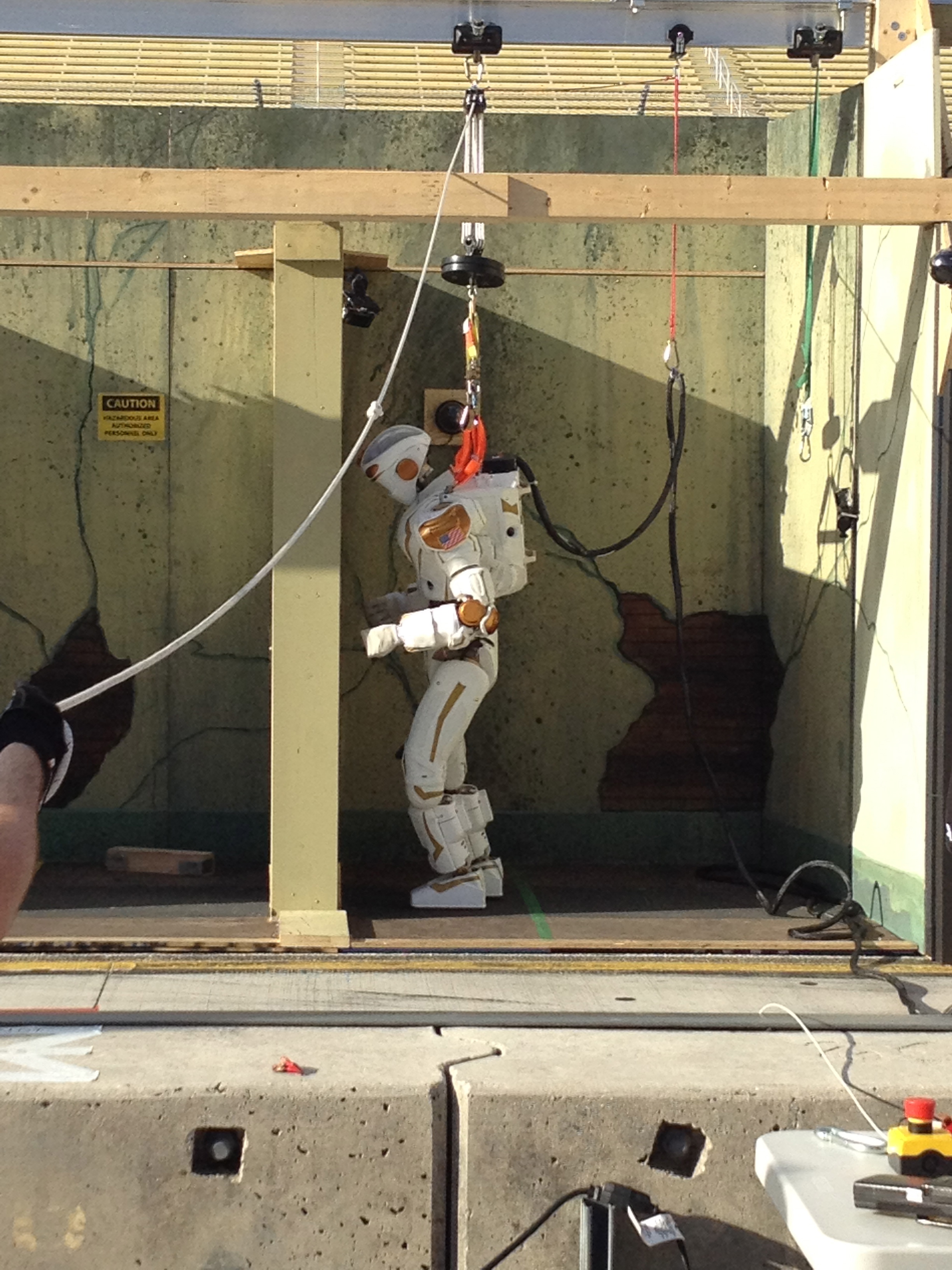 Valkyrie Studies Doorknob at Darpa Robotics Challenge