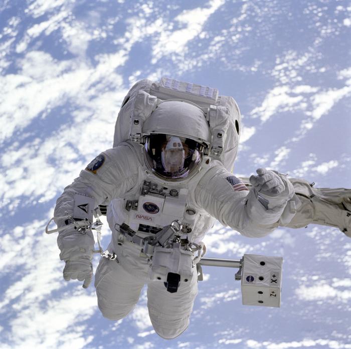 space history, nasa, endeavour, eva