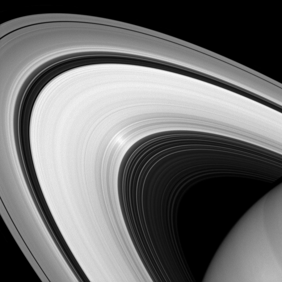 Photos: Saturn's Glorious Rings Up Close