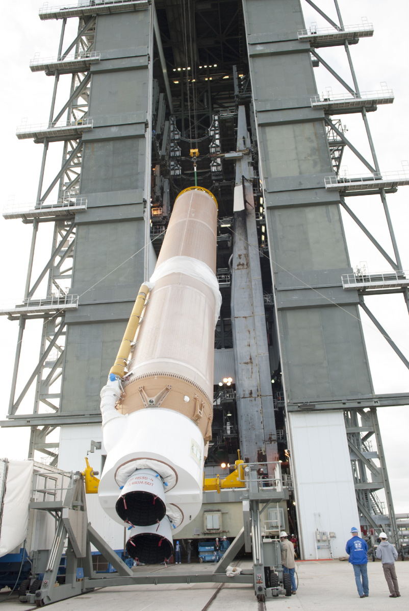 TDRS-L: Atlas V First Stage Goes Vertical