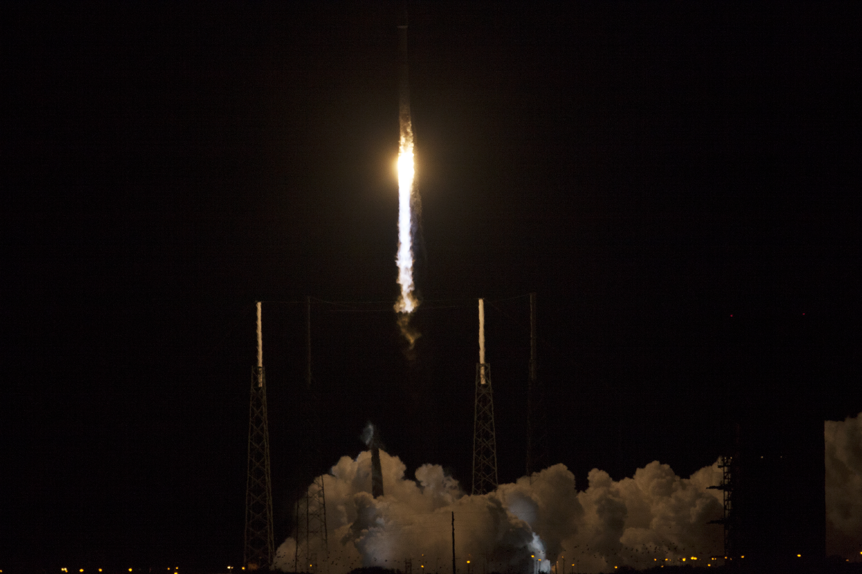 Blast Off! Atlas V Rocket Soars with TDRS-L Spacecraft