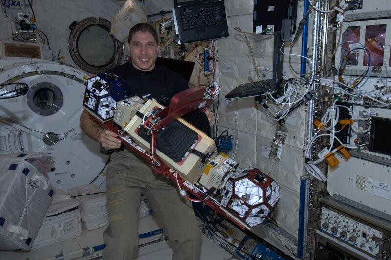 Mike Hopkins Tweets 'Great Day of Science' Aboard ISS