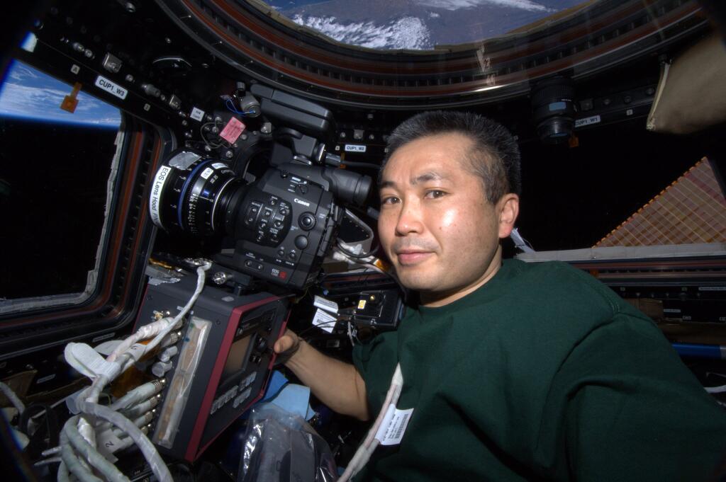 Koichi Wakata Tweets Selfie in ISS Cupola