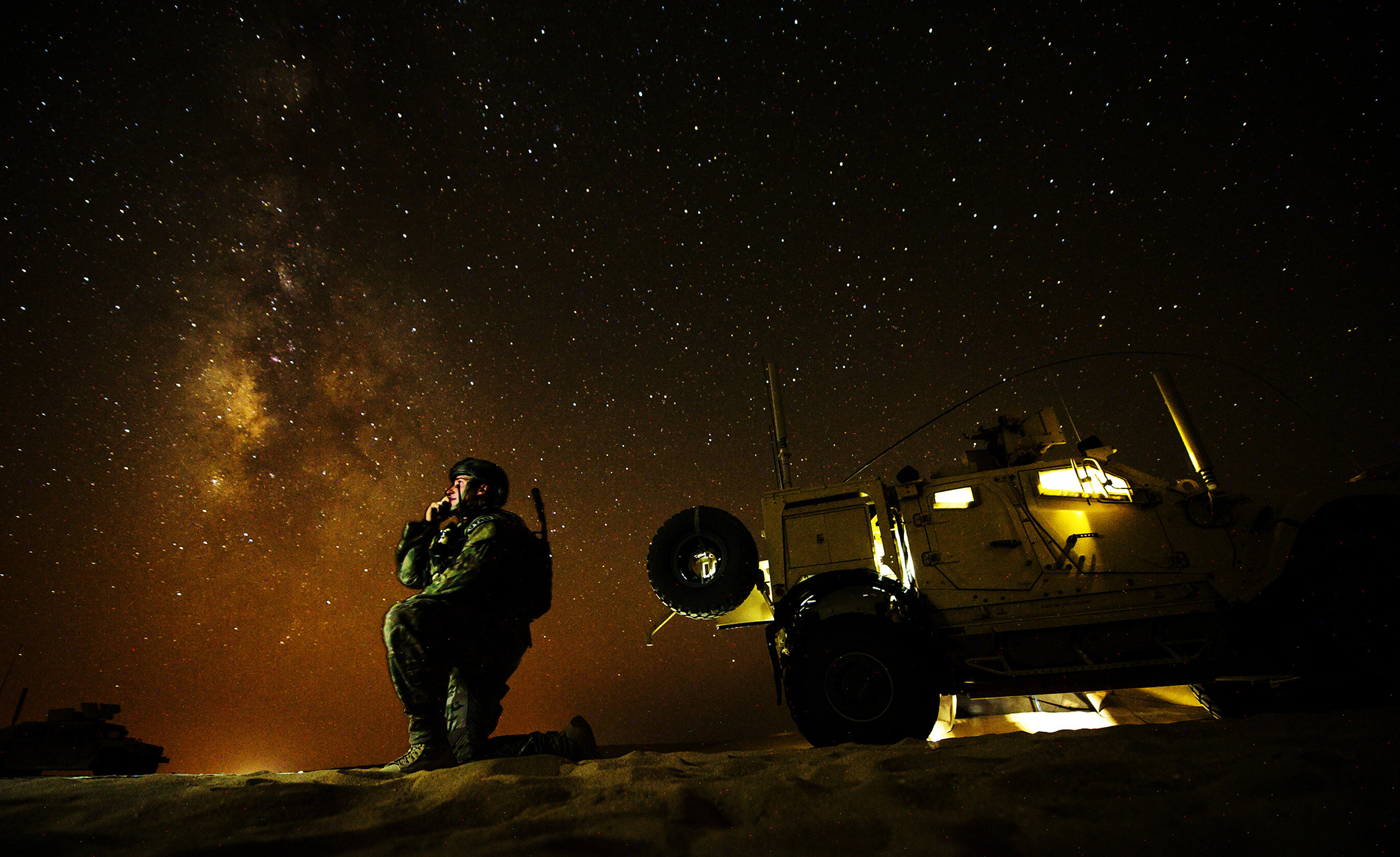 US Air Force and the Night Sky: Amazing Photos
