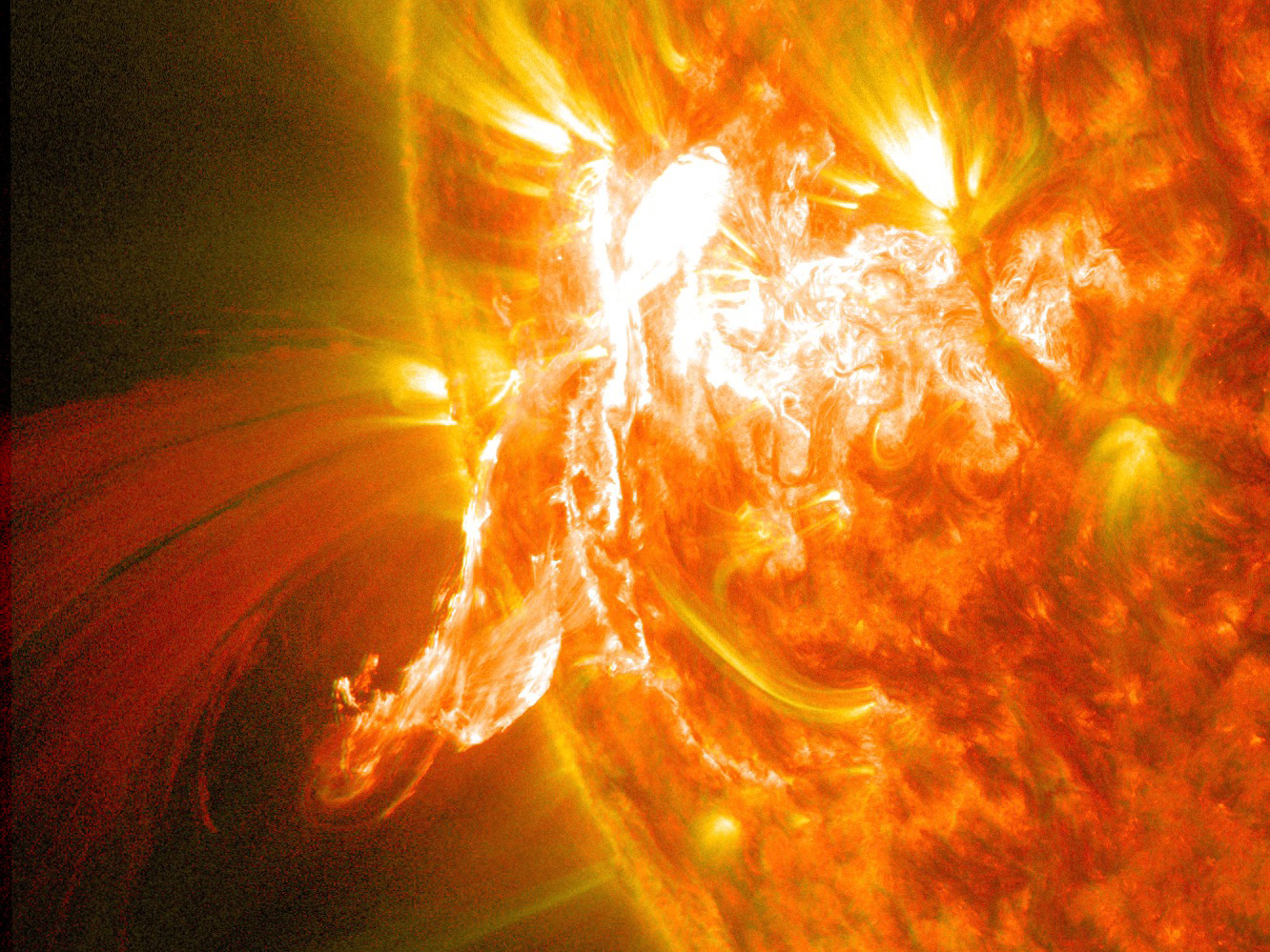 Close-Up of Solar Flare Seen by Solar Dynamics Observatory on Jan. 30, 2014