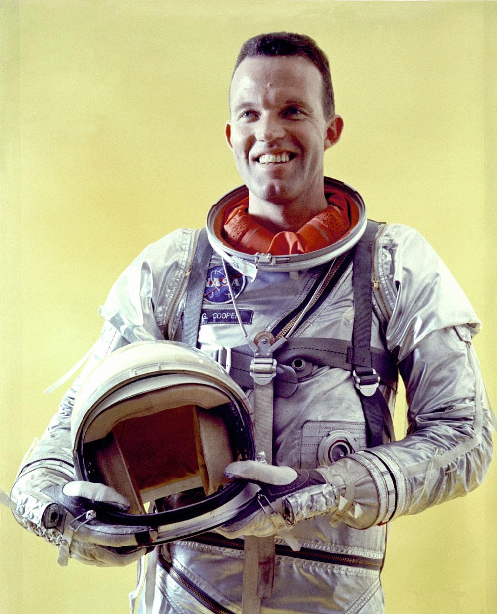 Gordon Cooper: Record-Setting Astronaut in Mercury & Gemini Programs