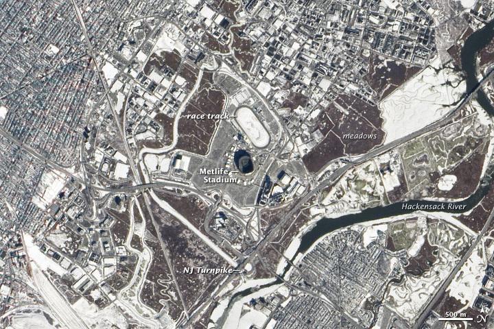 Super Bowl's MetLife Stadium Seen from Space (Photos)