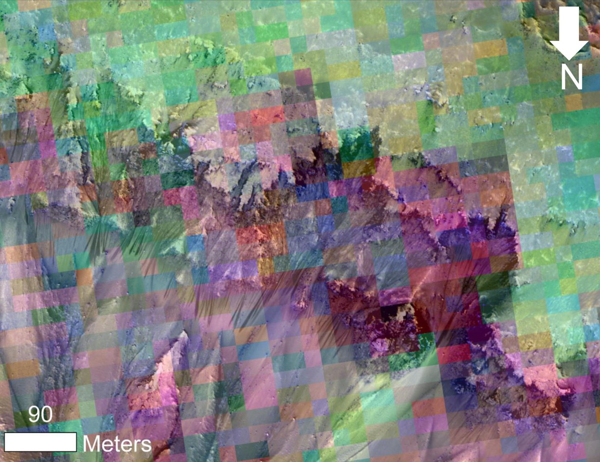 NASA Photos Show Possible Water Flows on Mars (Images)